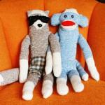 旧物利用:如何DIY袜子娃娃 手工制作袜子娃娃 DIY手工袜子收纳盒