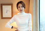 高冷的白色衣服_白色衣服怎么搭配
