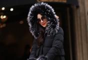 冬季的绝配是黑色,黑色衣服搭配