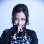 Angelabay最新写真曝光 挽发长裙尽显精致优雅