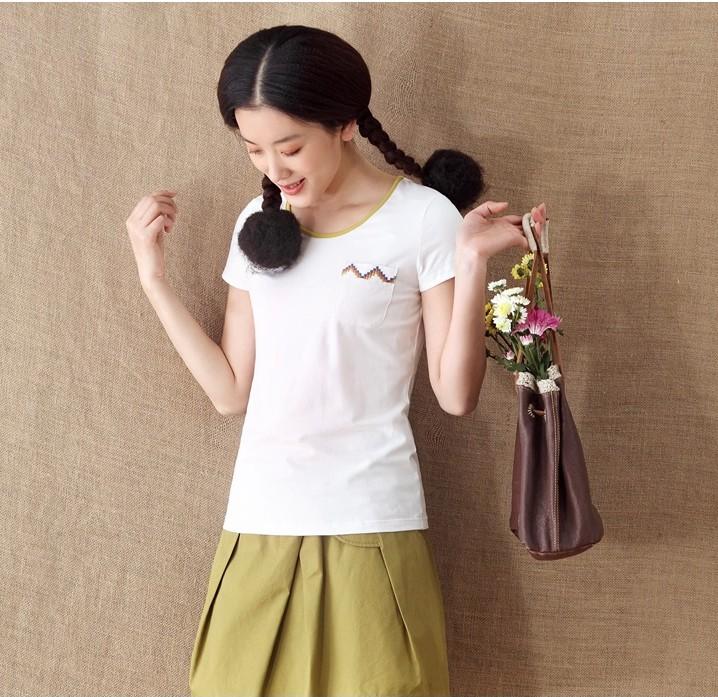 棉质绣花短袖T恤