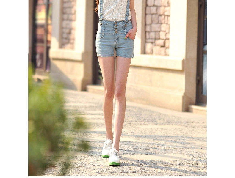 高腰排扣吊带牛仔短裤