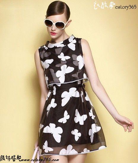 黑与白蝴蝶印花无袖裙