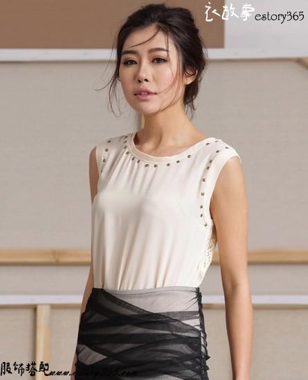 纯色钉珠镂空拼接雪纺衫