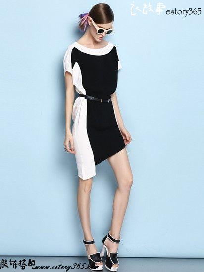 黑与白不规则圆领宽松连衣裙