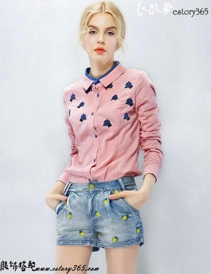 菠萝刺绣水洗牛仔短裤