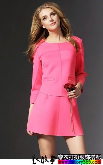 纯色七分袖连衣裙