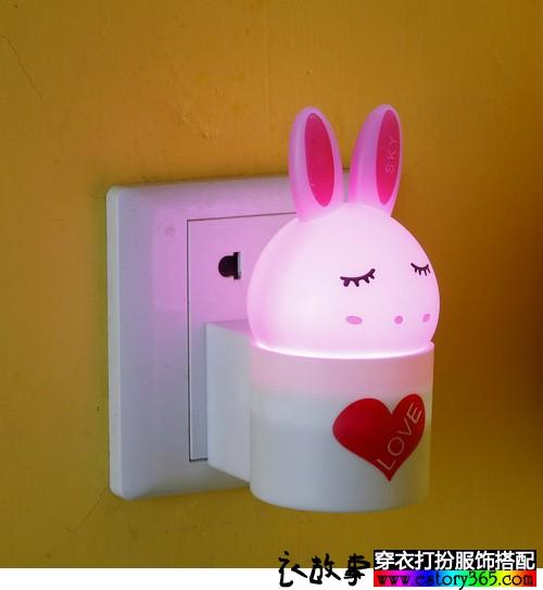 兔叽光控小夜灯