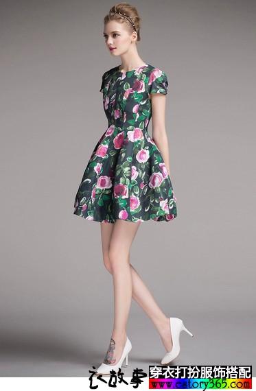 绿色印花蓬蓬裙