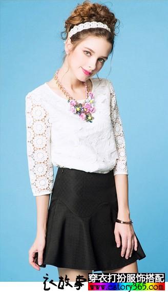 白色中袖蕾丝上衣短裙套装