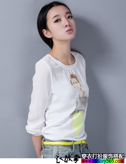 圆领雪纺白色印花潮T恤