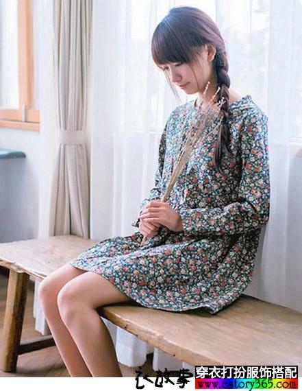高腰碎花宽松长袖连衣裙