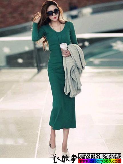 纯色V领长袖连衣裙