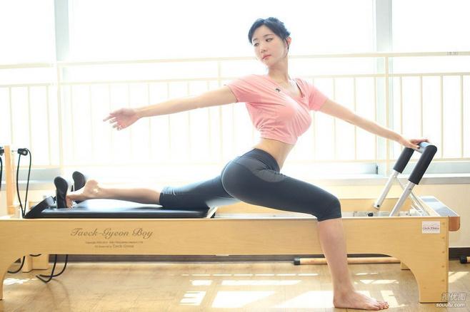 提臀瘦腿锻炼法