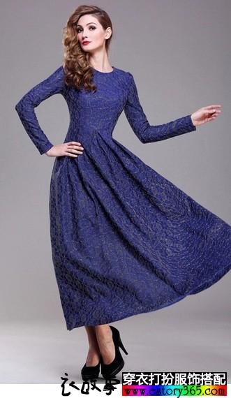 蕾丝圆领大摆连衣长裙