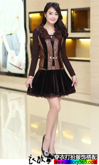 蕾丝皮马甲连衣裙套装