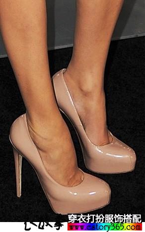 正确地搭配鞋子_鞋子怎么搭配