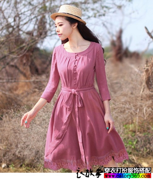 复古蕾丝拼接棉麻连衣裙