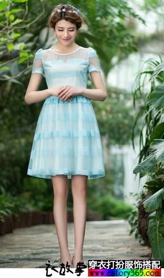 短袖大摆雪纺连衣裙