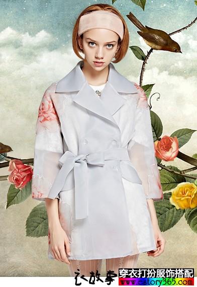欧根纱印花风衣外套