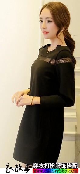网纱镂空连衣裙