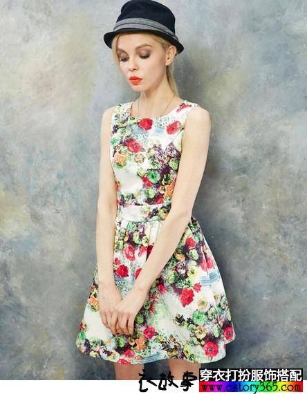 玫瑰印花复古无袖连衣裙