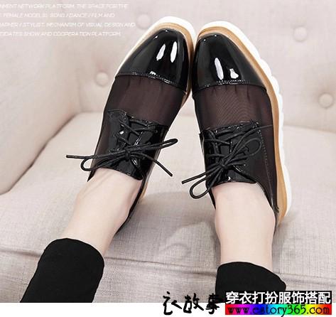 网纱漆皮松糕鞋