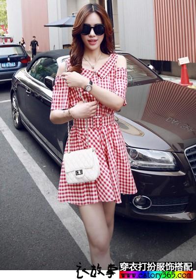 学院风棉麻格子连衣裙