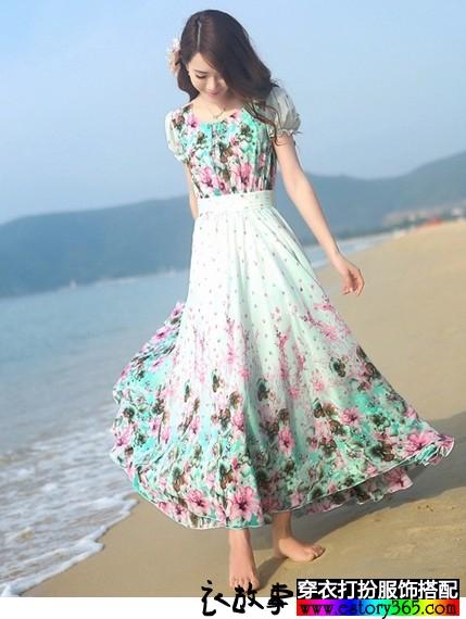 雪纺显瘦连衣裙