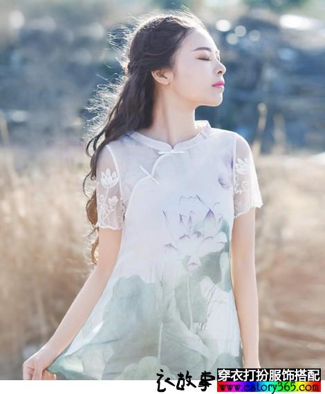 蕾丝拼接印花雪纺上衣
