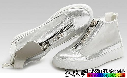 网纱铆钉平底鞋