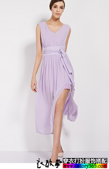 无袖修身侧开衩连衣裙