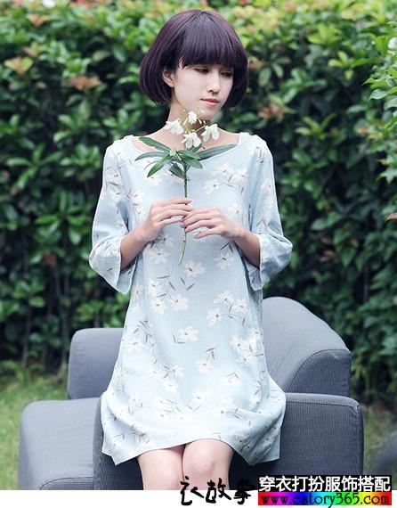 日系印花棉麻连衣裙
