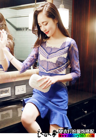 蕾丝花边荷叶边连衣裙