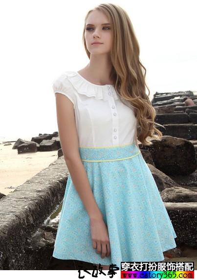 娃娃领印花衬衫连衣裙