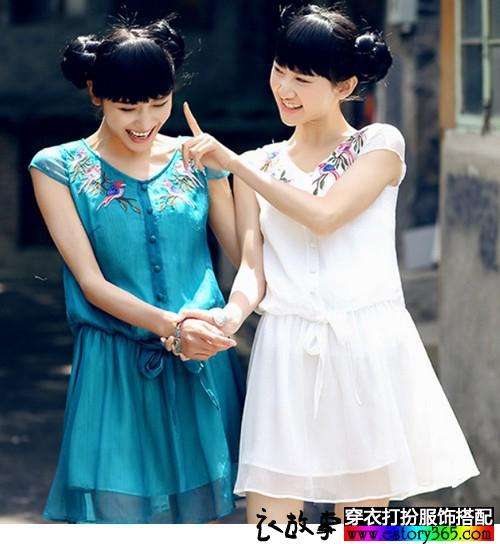 刺绣宽松连衣裙