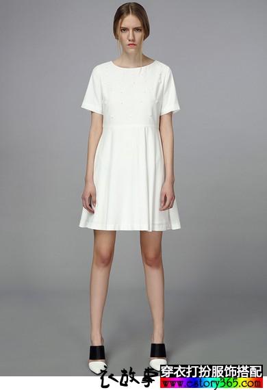 简约钉花X型复古连衣裙