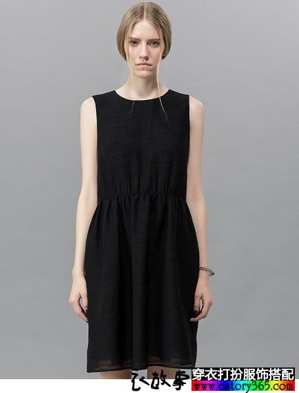 收腰纯色连衣裙