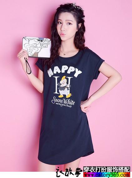 卡通字母印花口袋连衣裙