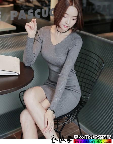 长袖V领针织修身连衣裙
