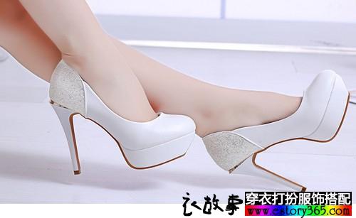 浅口高跟单鞋