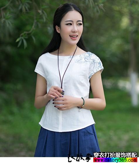 白色刺绣棉麻衬衫