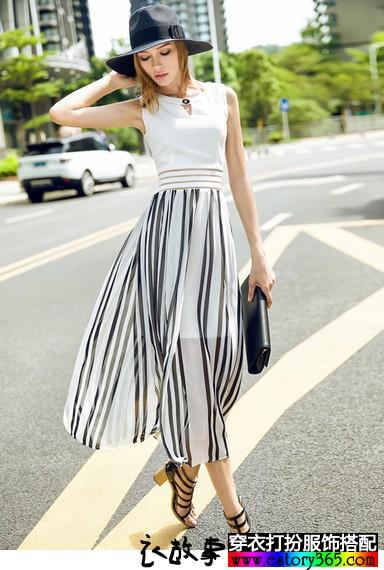 条纹高腰无袖连衣裙