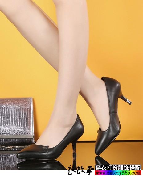 拼接小尖头真皮单鞋