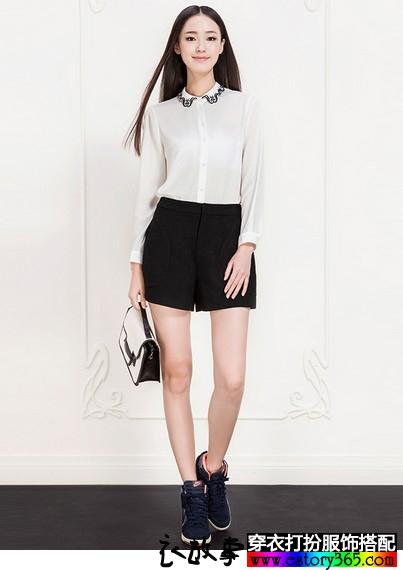 长袖刺绣白色衬衫
