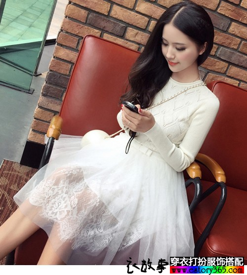 网纱拼接针织连衣裙
