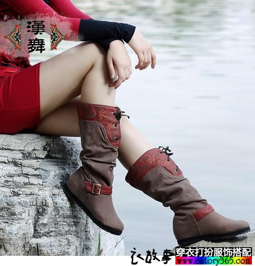 民族风中筒印花单靴
