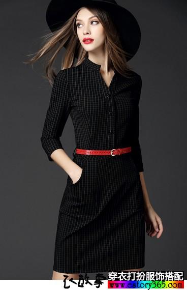 七分袖格纹连衣裙
