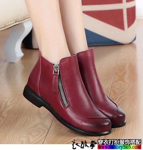 纯色平底短靴