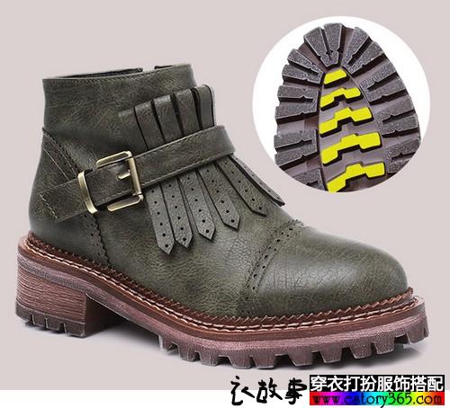 皮带扣流苏踝靴